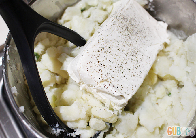mashed potatoes with greek yogurt cream cheese