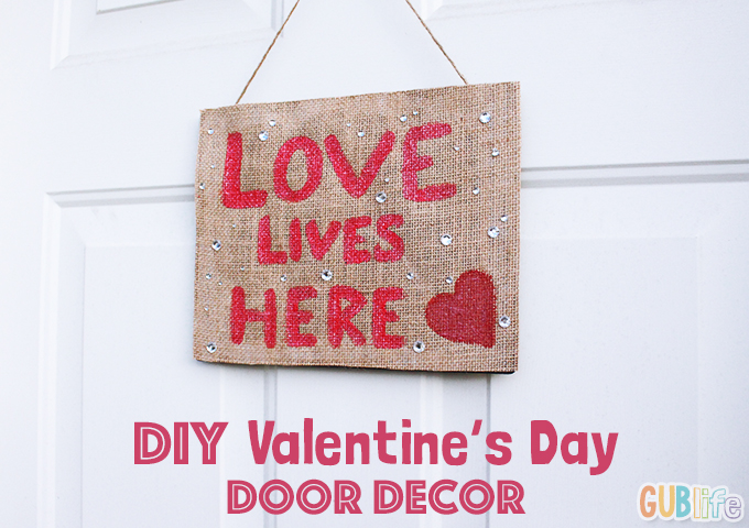 diy valentines day door decor