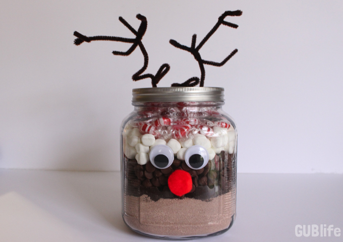 diy holiday hot chocolate gift mix- reindeer