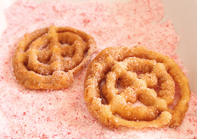 peppermint-buñelos-candy-cane