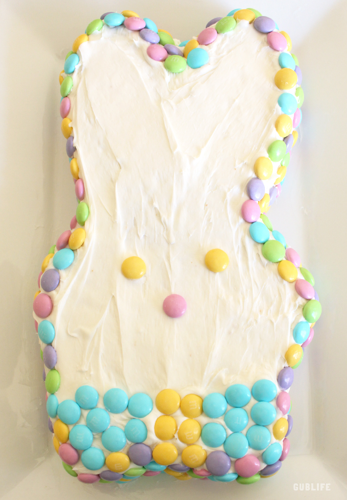 bunny-candy-cake
