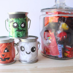 Quick and Easy: Halloween Treat Buckets